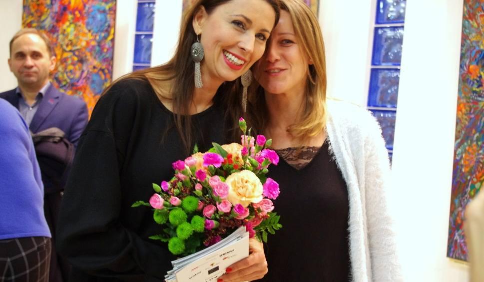 Film do artykułu: Aktorka i malarka Martyna Kliszewska zagrała Fridę. Miała swój wernisaż w Tarnobrzegu