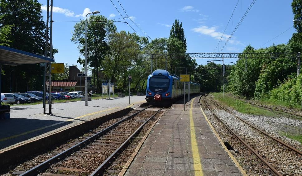 Film do artykułu: Pociągi do Rybnika mają się już nie spóźniać. Nastawnia została naprawiona