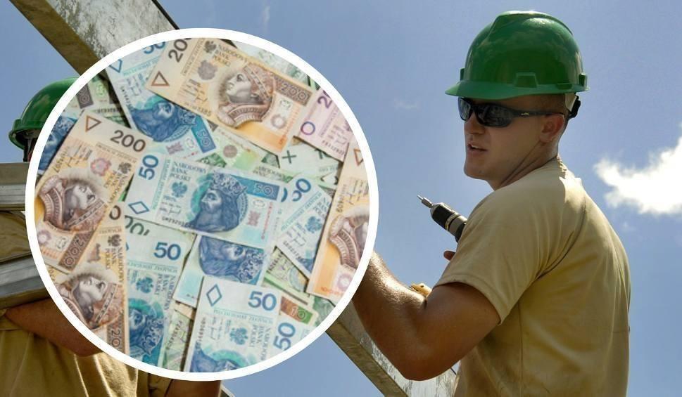 Film do artykułu: Płaca minimalna 2018. Co się zmieniło? Ile pensja brutto? [STAWKI MIESIĘCZNA I GODZINOWA]