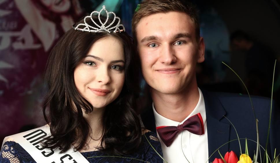 Film do artykułu: Miss i Mister Studniówki 2018 wybrani! Ola i Łukasz w koronach (ZDJĘCIA)