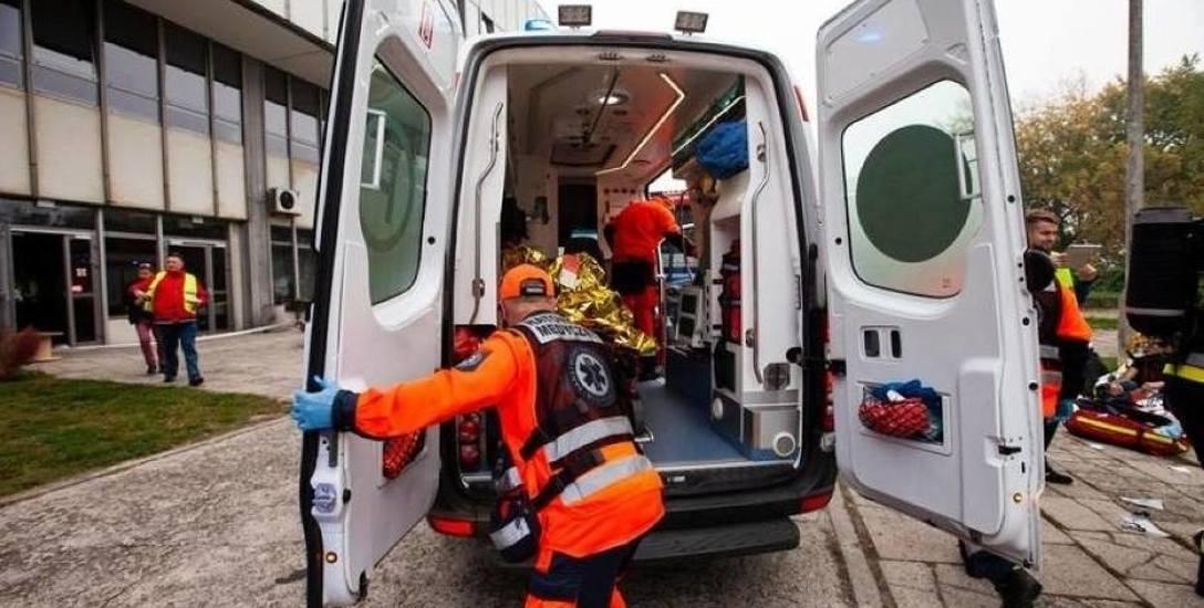 Podwyżki dla ratowników medycznych w regionie! 1,6 tys. zł na etat!