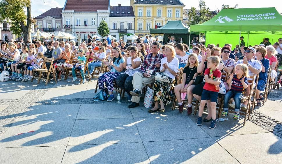 Film do artykułu: Festiwal Harcerski 2019 w Kielcach. Cały Rynek śpiewał piosenki harcerskie [WIDEO, ZDJĘCIA]