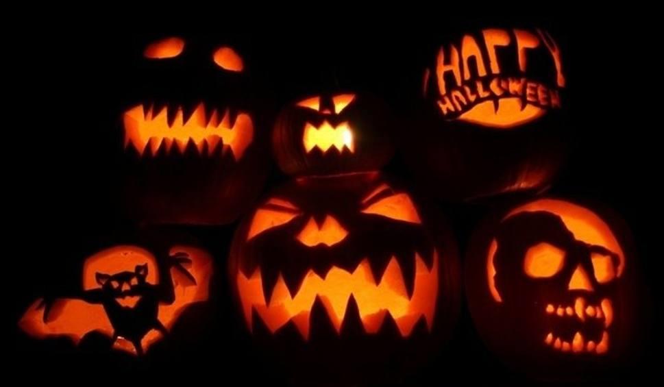 Film do artykułu: Jak wyciąć dynię na Halloween? WZORY Jak zrobić lampion z dyni. Dynia na Halloween 2020. 29.10.20