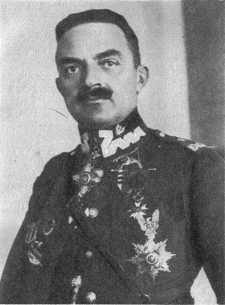Generał Włodzimierz Zagórki w mundurze Wojska Polskiego.