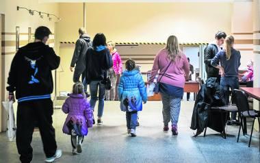 Wczoraj w Wydziale Świadczeń Rodzinnych Urzędu Miasta Bydgoszczy wielu czekało na zasiłki