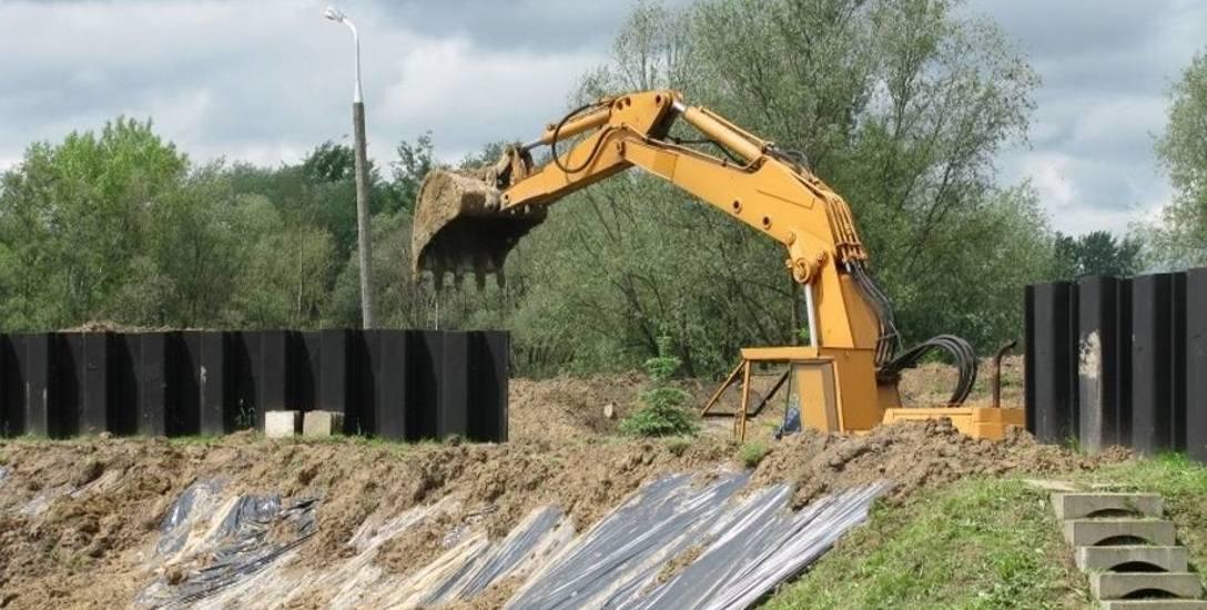 Wał chroni Rzeszów przed powodzią, ale miasto musi go rozebrać. Powód? Powstał nielegalnie