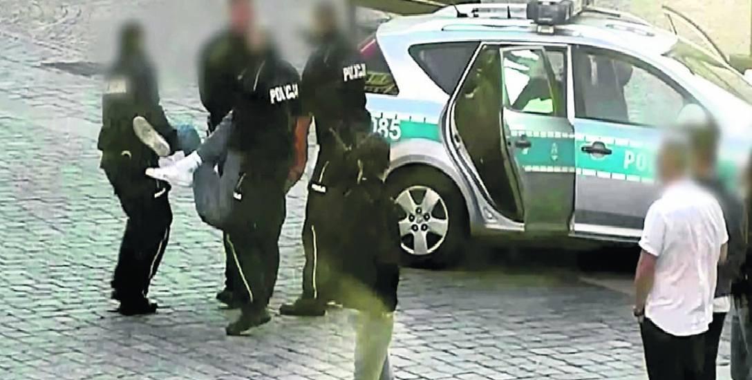 Igor Stachowiak został zatrzymany na wrocławskim Rynku po kilkuminutowej szarpaninie z policją