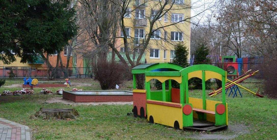 Jedną ze zwycięskich propozycji budżetu obywatelskiego była Wymiana ogrodzenia i modernizacja placu zabaw przy Przedszkolu Publicznym nr 14