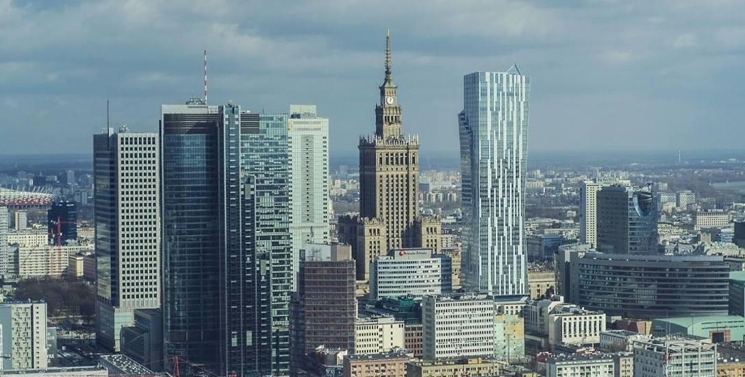 Szczegóły planu deglomeracji, czyli m.in. przeniesienia niektórych urzędów poza Warszawę, mają być przedstawione w styczniu.