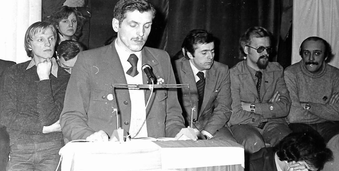 Andrzej Słowik przemawia na Walnym Zebraniu Delegatów MKZ Solidarności Ziemi Łódzkiej.
