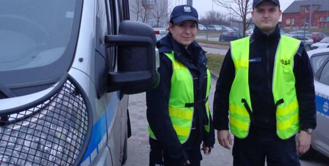 Samobójcę uratowali: Paulina Podgórska i Piotr Grela. Wynieśli człowieka na zewnątrz i ewakuowali sąsiadów.
