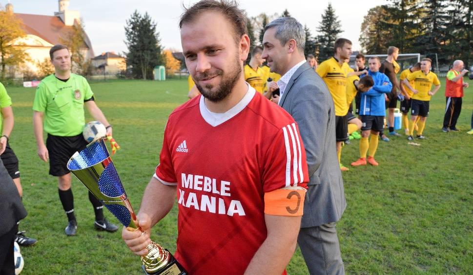 Film do artykułu: Regionalny Puchar Polski. Półfinałowe zmagania rozgrywane są na raty [ZDJĘCIA]