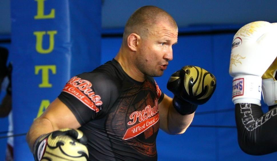 Film do artykułu: Damian Grabowski w sobotę wraca do klatki MMA! Walka w Poznaniu w ramach FEN 22