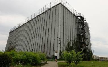 Od samego początku akustyka nie została w operze dokończona. Z tego powodu orkiestra nie może mieć regularnych koncertów przy Odeskiej .