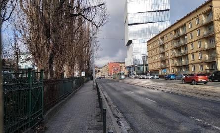 Nowy wieżowiec przy samym Dworcu Głównym i poczcie (ZOBACZ)