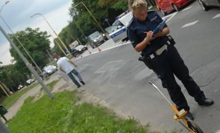 Wypadek na al. Wojska Polskiego w Szczecinie. 70-latka potrącona na pasach. Jej stan jest krytyczny