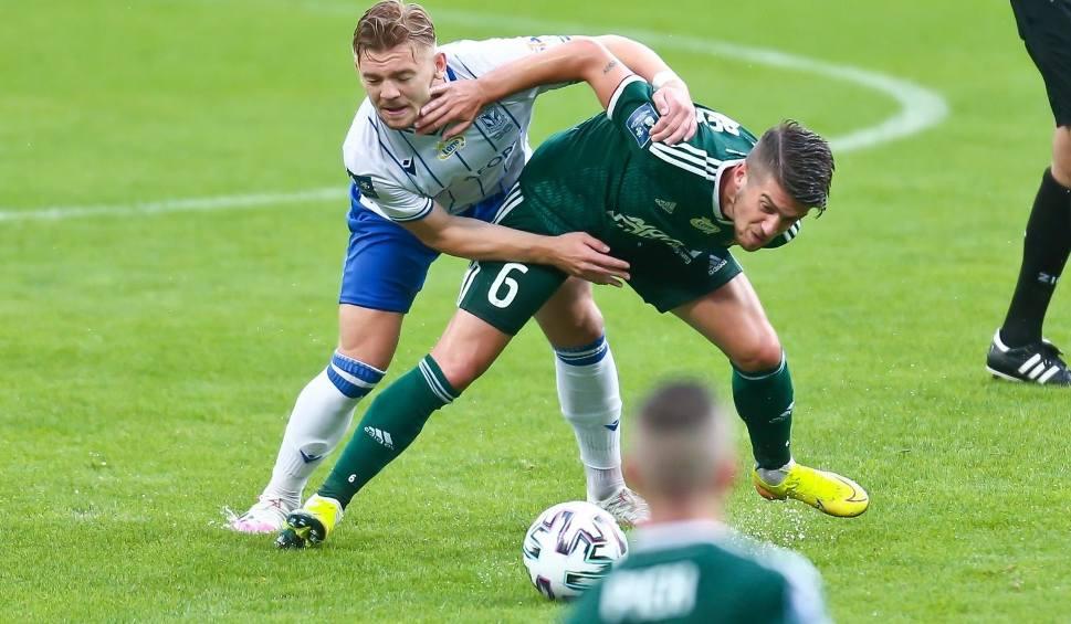 Film do artykułu: Lech Poznań ma problem. Kamil Jóźwiak w słabszej dyspozycji, a Kolejorz bardzo go potrzebuje w końcówce sezonu