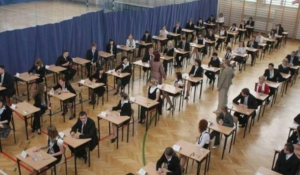Film do artykułu: Jak przebiegał nabór do szkół średnich w powiecie opatowskim? We wtorek pierwsze wyniki rekrutacji