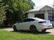 Opel Insignia Grand Sport 2018. Silniki, wersje wyposażenia, dane techniczne, wrażenia z jazdy