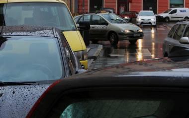 W czerwcu i lipcu na terenie wokół Starego Rynku zniknie 160 miejsc parkingowych