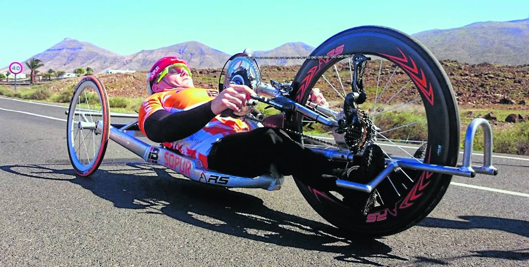 Paraolimpijczyk Arkadiusz Skrzypiński w drodze do Tokio
