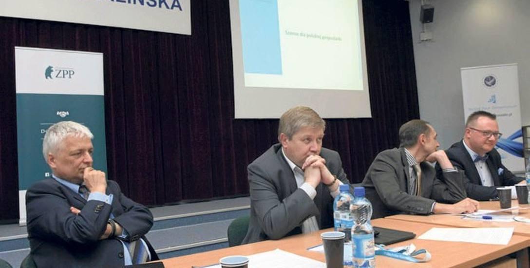 Uczestnicy debaty (od lewej): prof. Robert Gwiazdowski, Cezary Kaźmierczak, prof. Jerzy Rembeza i Robert Bodendorf