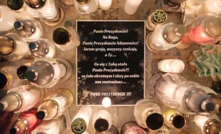 Lublin solidarny z Gdańskiem. Ostatnie spotkanie lublinian chcących wspomnieć i zapalić znicz dla tragicznie zmarłego Pawła Adamowicza