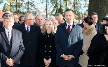 Paulina Kosiniak-Kamysz coraz częściej towarzyszy mężowi podczas oficjalnych uroczystości