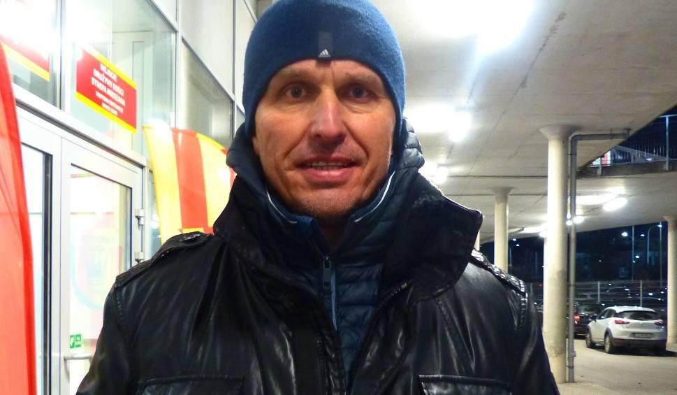 Film do artykułu: Ekstraklasa. Były trener Korony Leszek Ojrzyński ocenił mecz z Pogonią. Zdradził, że przyglądał się grze kilku piłkarzy