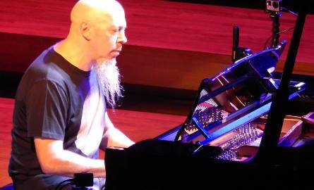 Owacja na stojąco na recitalu klawiszowca Dream Theater