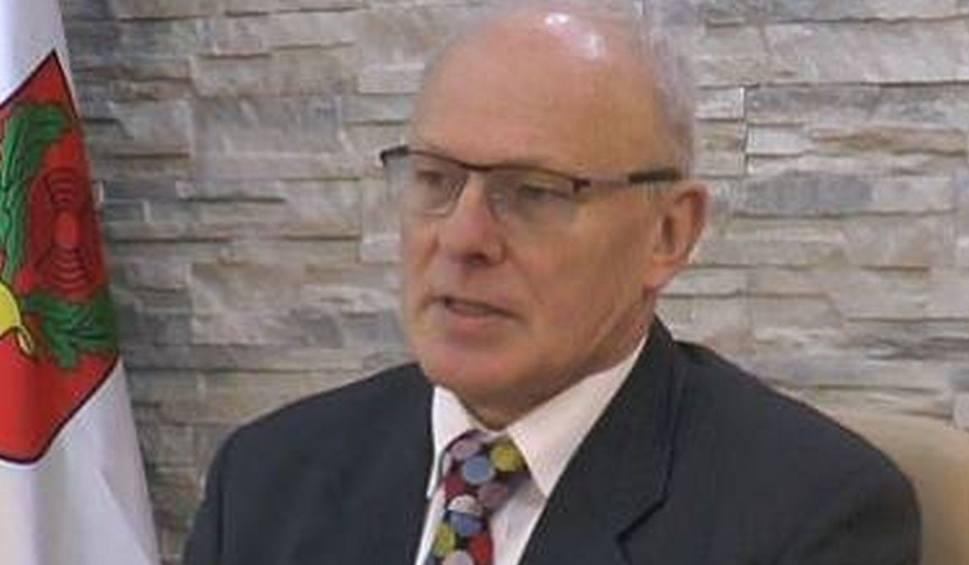 Film do artykułu: Pionki. Jest projekt zmiany pensji burmistrza. Radni zadecydują o obniżeniu