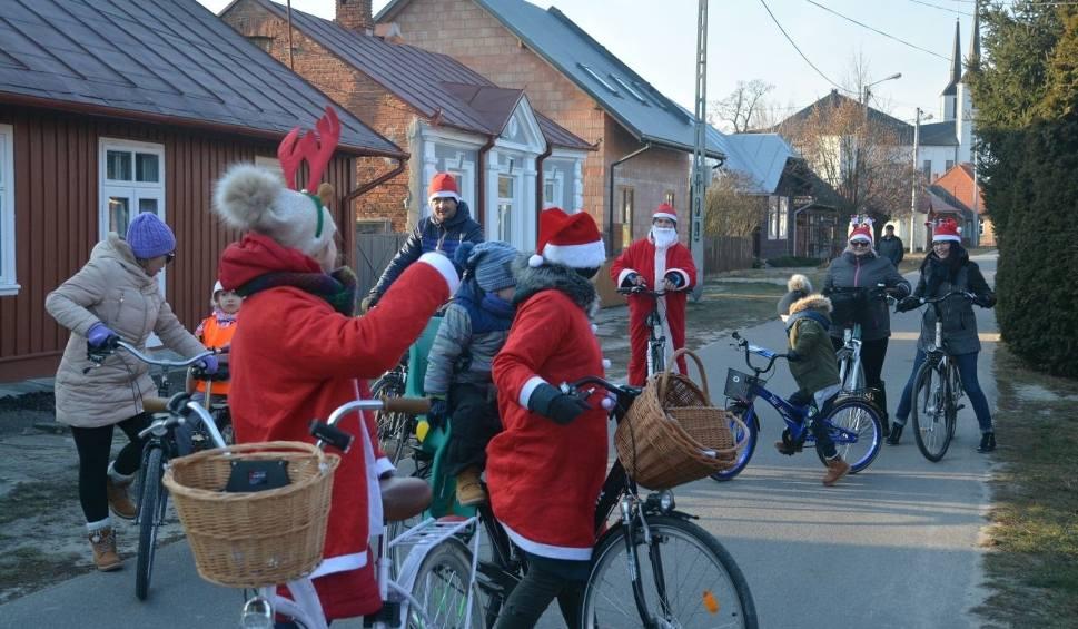 Film do artykułu: Rowerowy mikołajowy rajd i teatr na przyjście świętego Mikołaja w Radomyślu nad Sanem