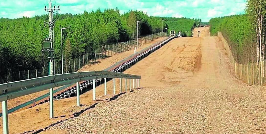 Wielki taśmociąg w kopalni w Sępólnie Wielkim kosztował aż 7 milionów złotych, ale inwestorowi się to opłaci, bo zaoszczędzi na transporcie kołowym
