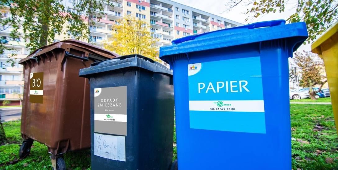 Mieszkańcy Górnego Tarasu segregują odpady w nowy sposób, który zacznie obowiązywać od stycznia.