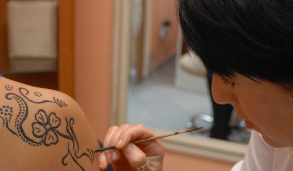 Tatuaż Z Henny Trzyma Się Do 3 Tygodni Nowiny24pl