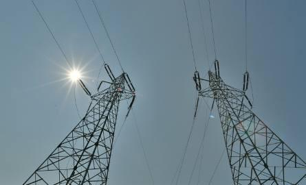 Enea i Energa zapowiedziały kolejne przerwy w dostawie prądu w regionie.