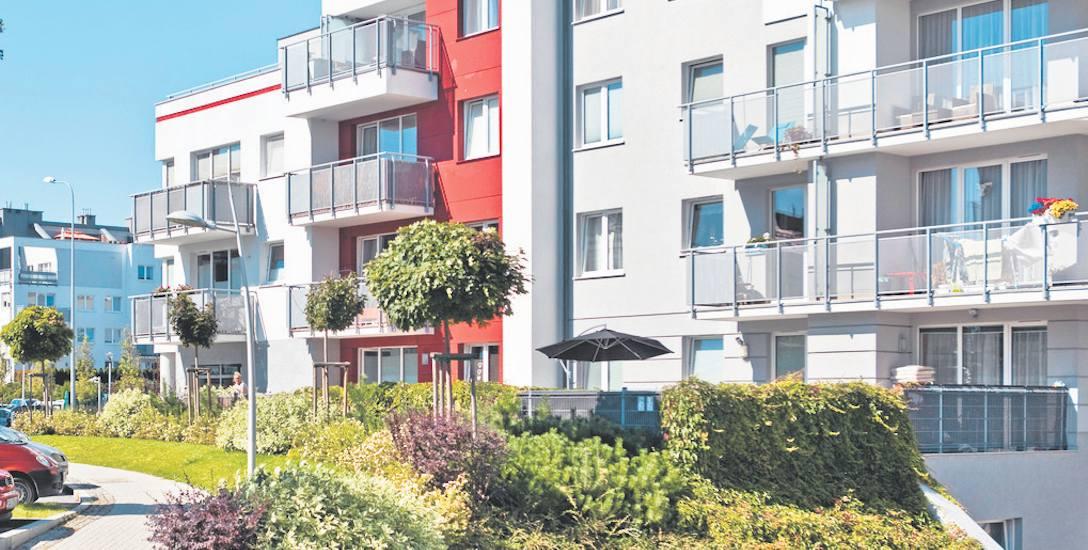 Średnia cena transakcyjna 1 m kw. mieszkań na rynku pierwotnym w Gdyni była w ostatnim roku wyższa niż w stolicy województwa, ale także wyższa niż w