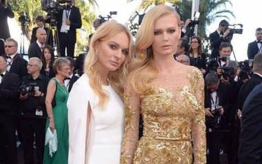 Elżbieta Ruchała (po lewej) to adwokat i działaczka Nowoczesnej, Alicja to światowej sławy modelka, znana z okładek magazynów