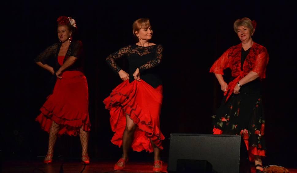 Film do artykułu: Słuchacze UTW w Żorach rozpoczęli swój rok tanecznym krokiem - ZDJĘCIA