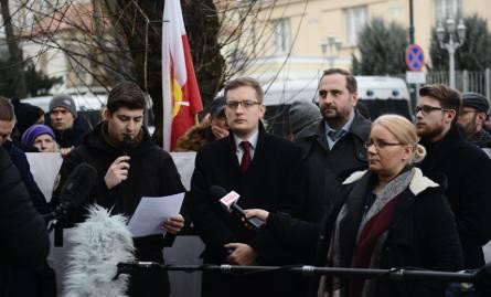 Protest pod ambasadą Izraela. Narodowcy sprzeciwiali się słowom Benjamina Netanjahu [ZDJĘCIA]