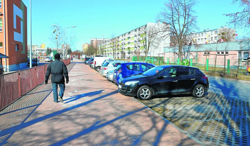 Film do artykułu: Stalowa Wola. W mieście poprawia się stan dróg i ulicznego oświetlenia
