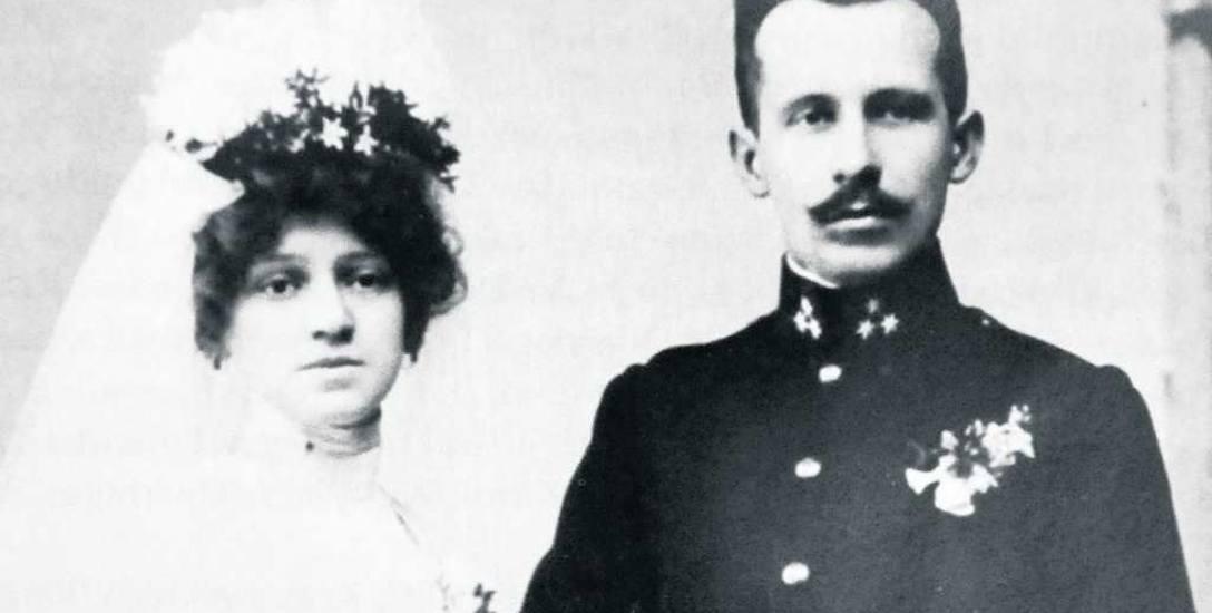 Zdjęcie ślubne Emilii i Edmunda Wojtyłów - rodziców Papieża Jana Pawła II