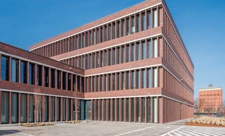 Budynek Centrum Operacyjnego i Baza Transportowo-Logistyczna MPWiK, ul. Na Grobli