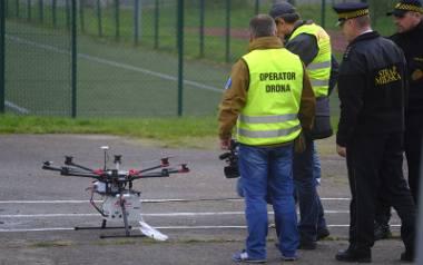 Dron może być pomocny strażnikom miejskim w monitorowaniu, z którego komina wydobywa się trujący dym. Pójdą tam i sprawdzą, co jest spalane.