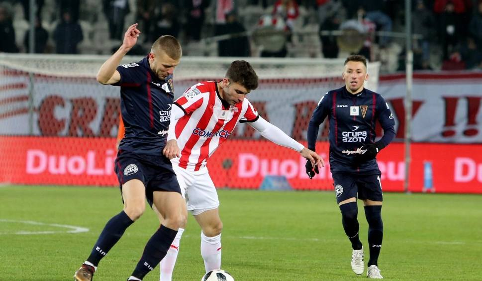 Film do artykułu: Cracovia kontynuuje serię i wygrywa z Pogonią Szczecin [ZDJĘCIA]