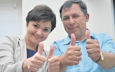Tak z podziału pieniędzy z budżetu obywatelskiego cieszyli się w lipcu: Iwona Kotwicka ze Stowa¬rzyszenia rodziców i opiekunów dzieci niepełnosprawnych