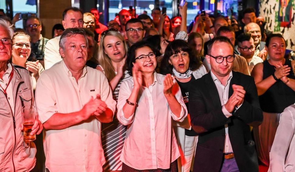 Film do artykułu: Wybory prezydenckie 2020. Wieczór wyborczy 28.06.2020 w pomorskim sztabie Platformy Obywatelskiej w Sopocie