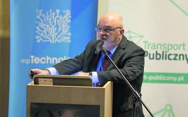 Jak ma wyglądać e-bilet wspólny dla całego województwa, mówił wczoraj w Słupsku Krzysztof Rudziński podczas Pomorskiego Forum Inteligentnego Miasta.