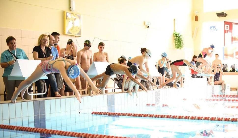 Film do artykułu: W Kazimierzy Wielkiej odbędzie się pływacki maraton 24-godzinny