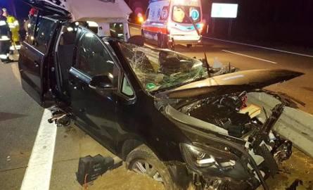 Koszmarny wypadek na lubuskim odcinku autostrady A2. Strażacy ruszyli z pomocą. Trzy osoby zostały ranne [GALERIA]